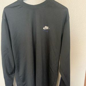 Nike long sleeve pull over